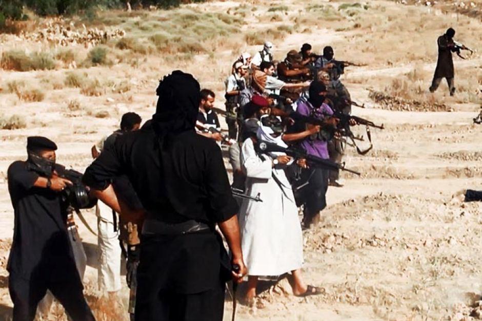 Kaader ISIS'e videost 2015. aastal
